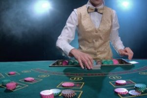 Difference between video poker and texas hold'em poker